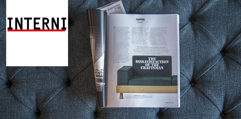 El sofá  Meda en la revista INTERNI