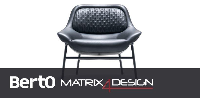 sillón hanna de berto con dyloan protagonista del artículo de design4matrix
